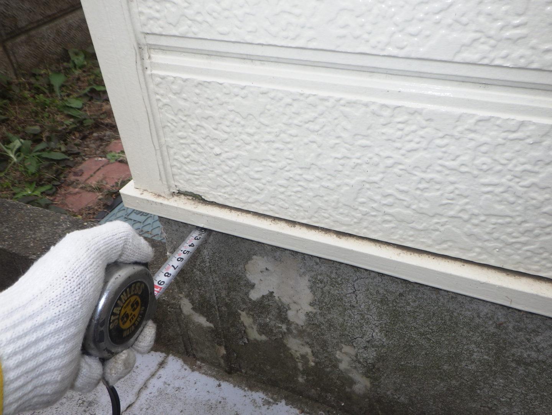 壁の厚みを計測