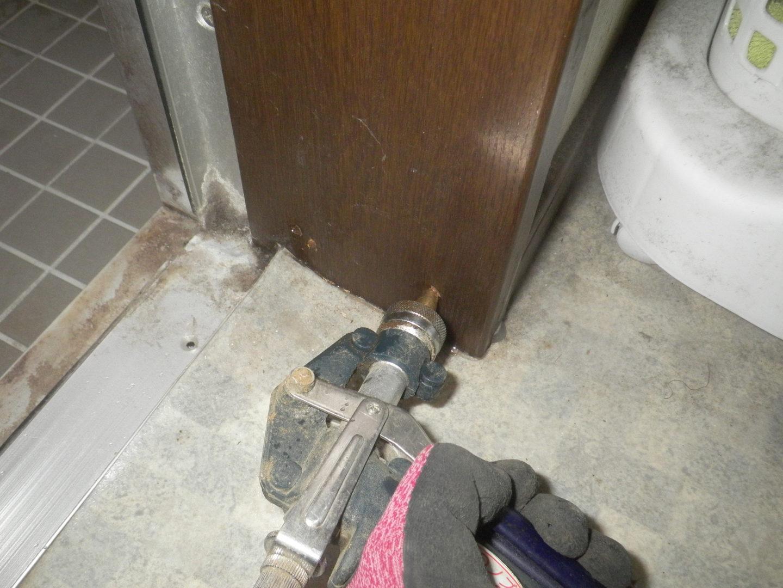 風呂場ドア枠
